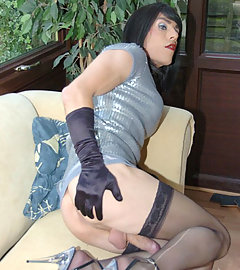 TGirl Zoe flashes her cock on the sun lounger