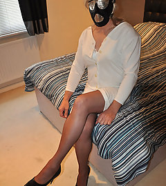 Strapon Jane likes to put her sissies in full face masks before she fucks them hard and this sissy got the full treatment.
